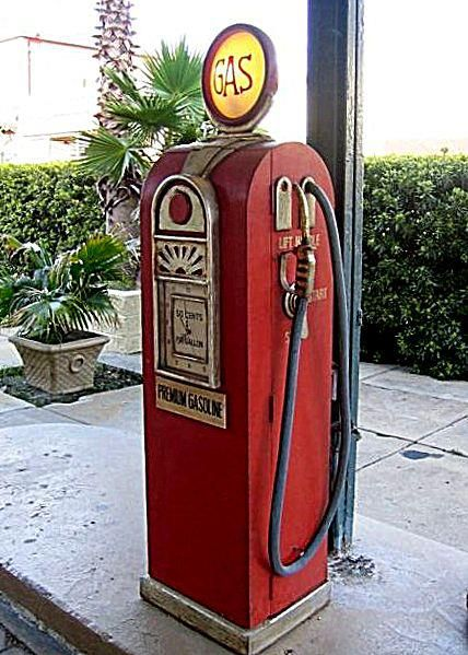 Old Art Deco Style Gas Pump Vintage Gas Pumps And Related Items