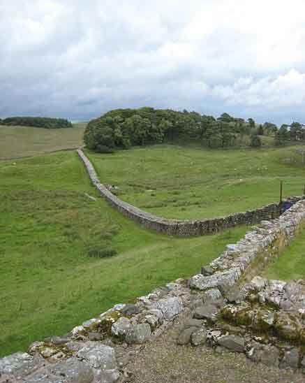 Hadrian S Wall Hadrians Wall Roman Britain Tourist Places