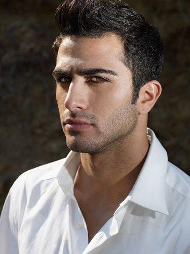 Men sexy syrian Syrian Women
