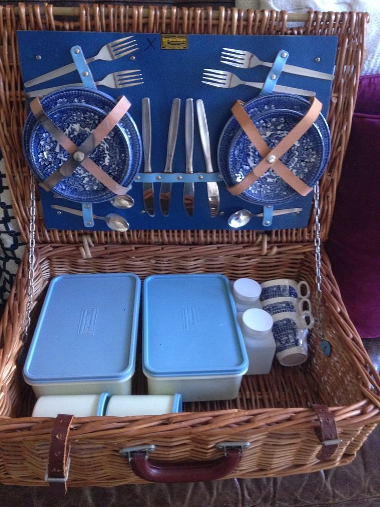 Details about Vintage Brexton Picnic Basket Hand Made In England ...
