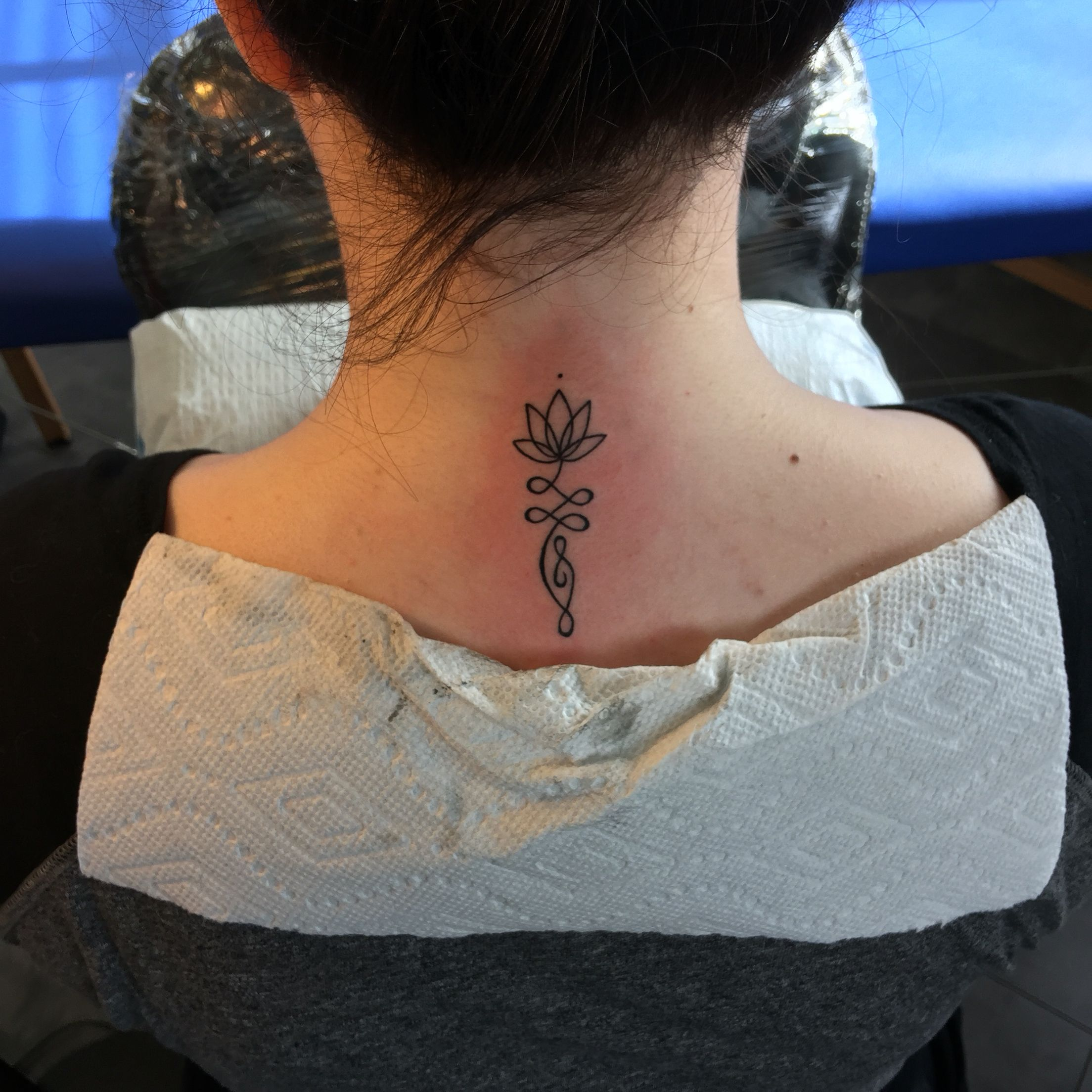 Lotus Flower Tattoo On The Back Of The Neck Back Of Neck Tattoo Neck Tattoos Women Neck Tattoo