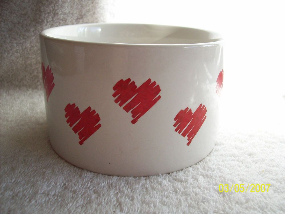 Large Bowl/Planter by FTD 1989~White with Red Hearts -Valentine's Day