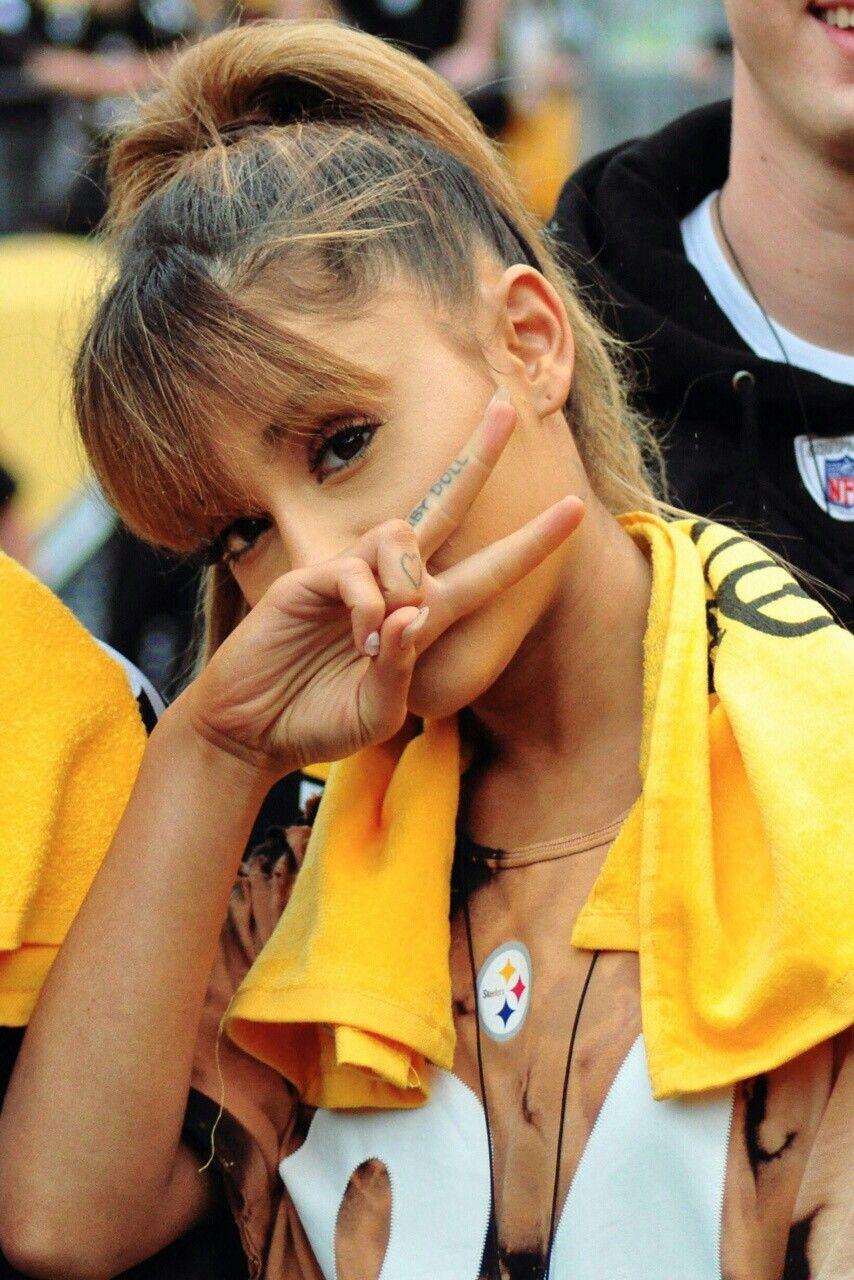 Pin By Nina Marie On People Ariana Grande Ariana Grande Ariana