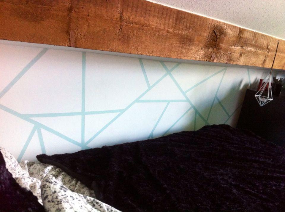 Peindre un mur de façon originale  Utiliser du tape