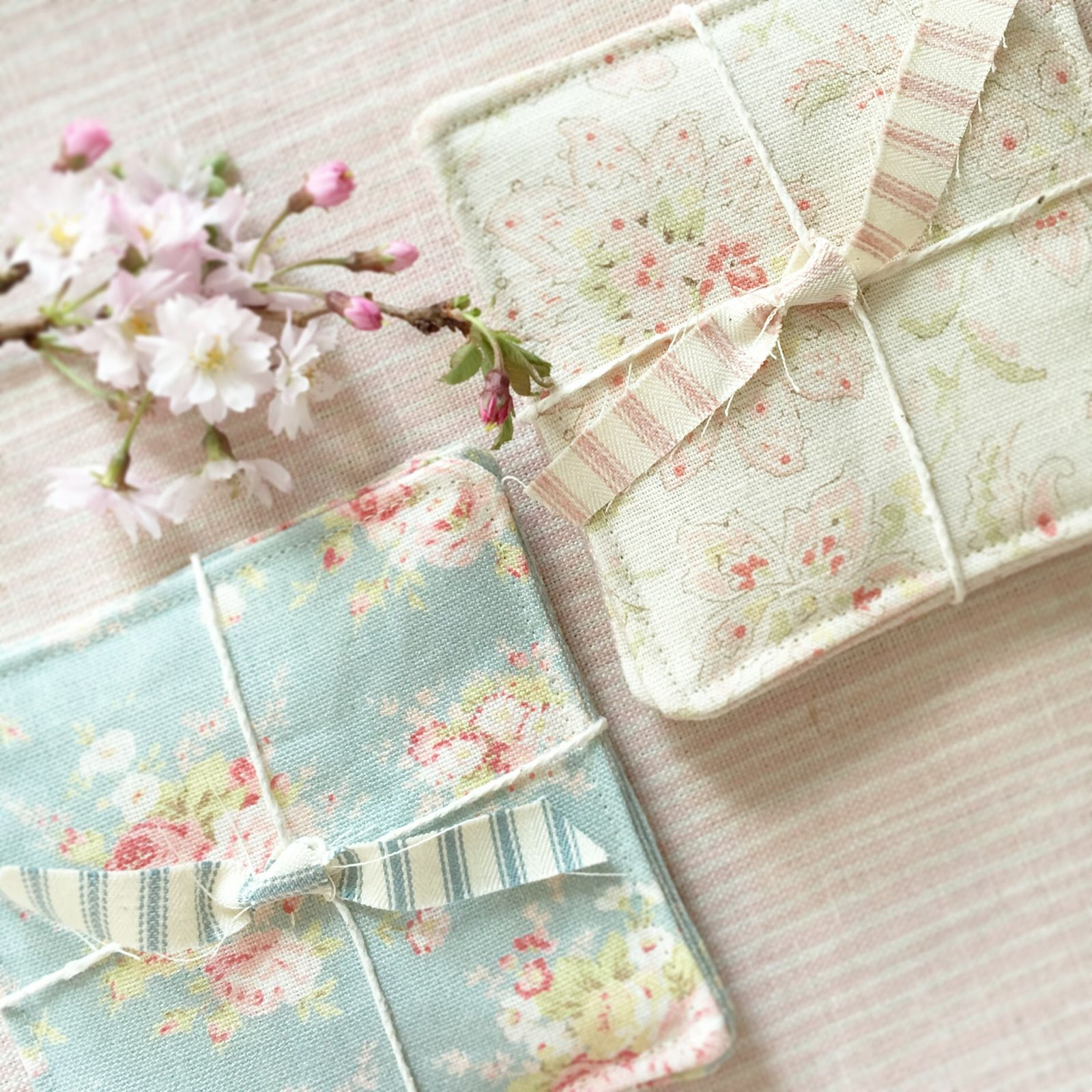 Springtime Fabric Coasters / Betsy Blair Home | Gift | Pinterest ...