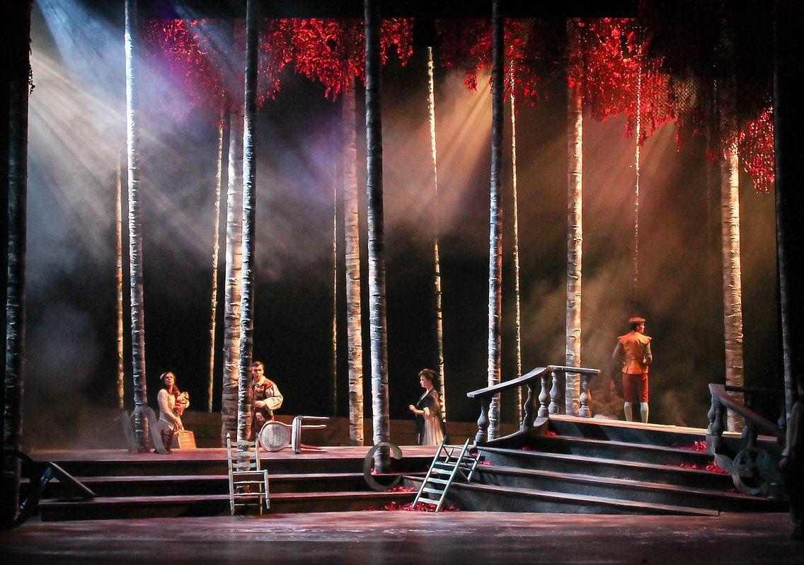 Into The Woods Katie Gruenhagen Lighting Design Stage Lighting Design Scenic Design