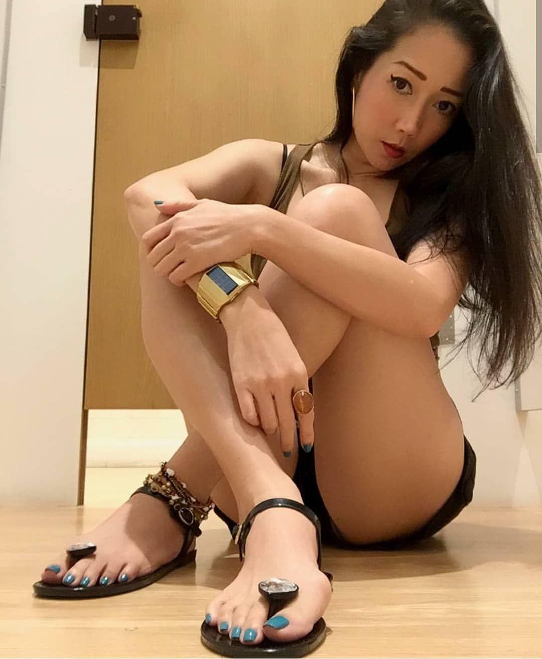 Pin On Asian Feet My Love