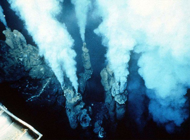 Underwater volcano smoking chimneys. Somewhere in Pacific ... Pacific Ocean Underwater Volcanoes