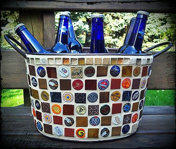 Beer bucket i want to make with bottle caps pinteres for What can i make with beer bottle caps