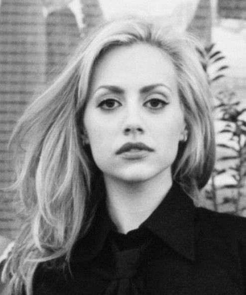 Brittany Murphy: Brittany Murphy passed away Dec.20, 2009. She was 32 yrs old. She had 14 different medi...
