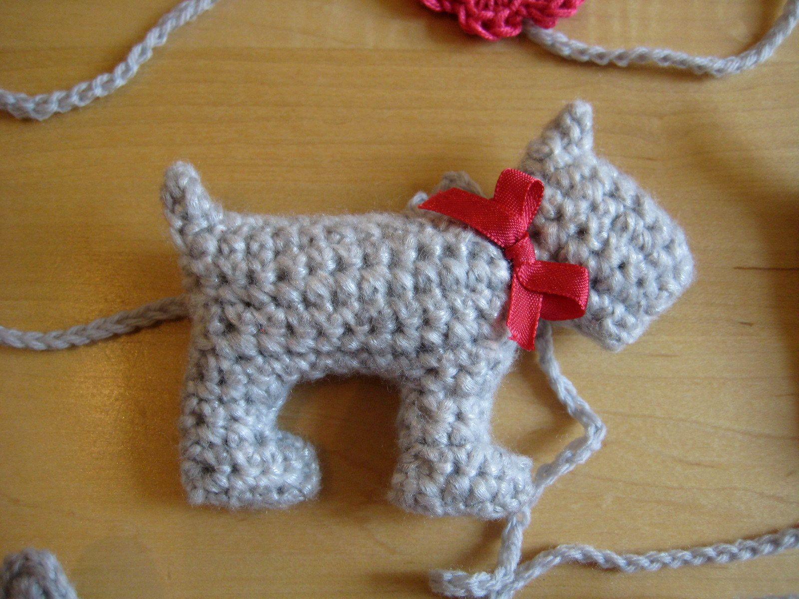 Silver Dog | Amigurumi | Pinterest | Garlands, Dog and Ravelry