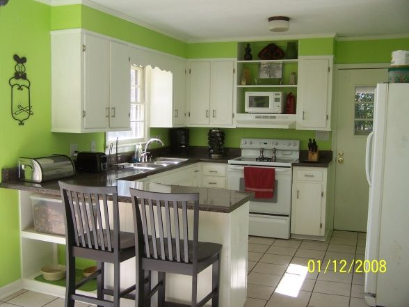 Lime Green Kitchen With White Painted Cabinets Love This Look Pinterest And Paints