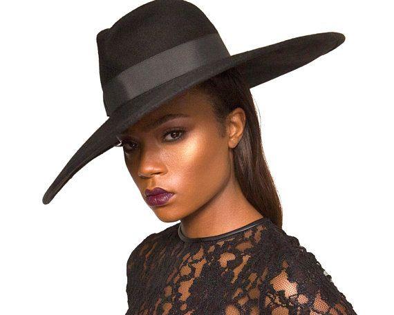 wide brimmed black felt fedora hat fashion