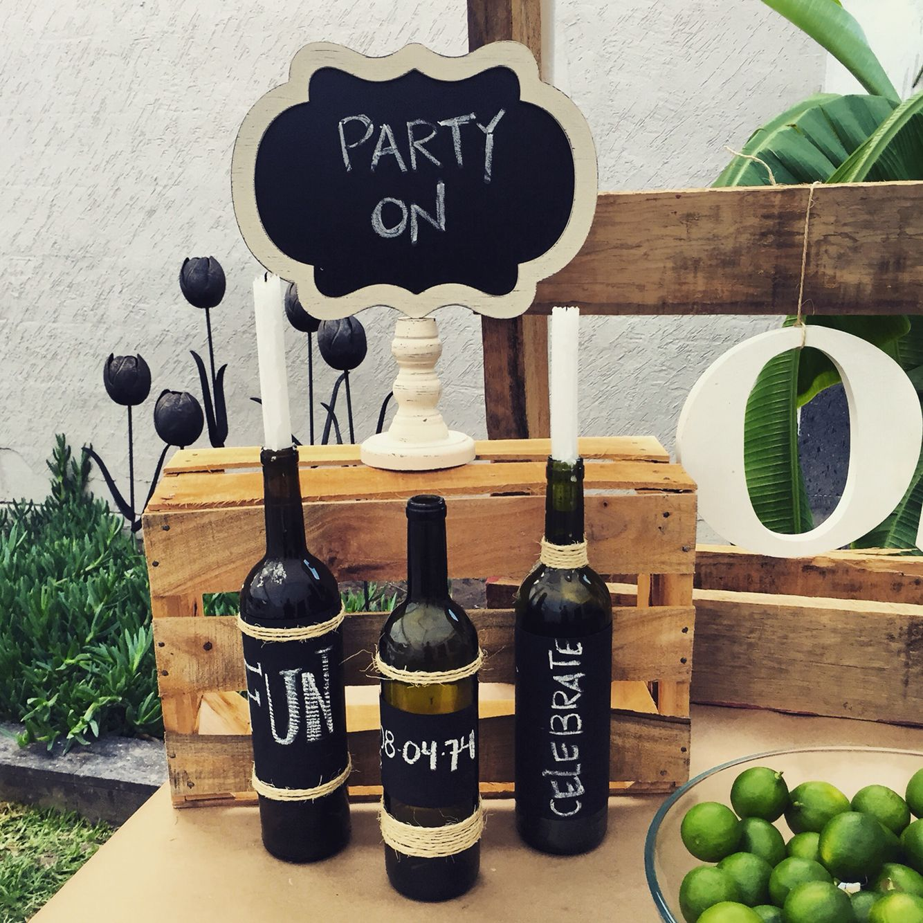 Botellas 50 party vintage birthday parties birthday - Ideas para fiestas de 40 cumpleanos ...