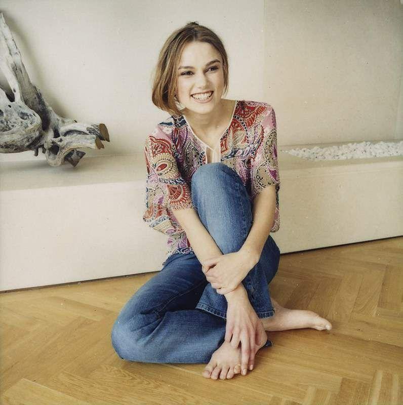 14 Celebrities With Gross Feet Levyousa Http Www