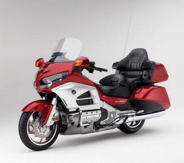 Honda Goldwing 2012: technical specs, pictures and press releases ...