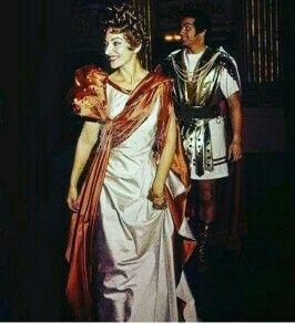 Maria Callas e o tenor Franco Corelli. Ópera Poliuto. Teatro Scala de Milão em 1960.