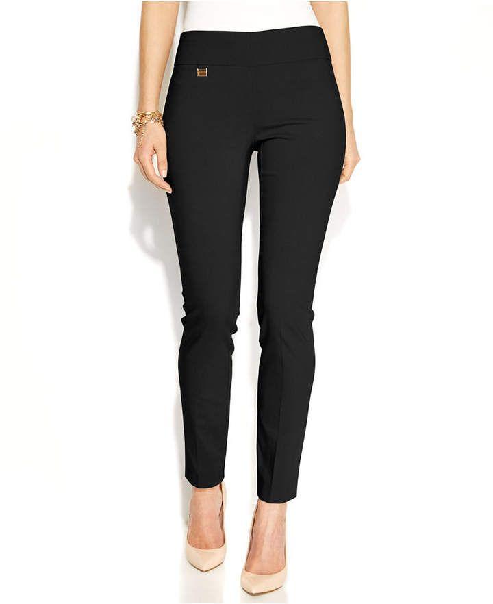 a172721b88c1 10 Fall Basics For Easy Audrey Hepburn Style | FASHION! | Fashion, Audrey  hepburn style, High waisted slacks