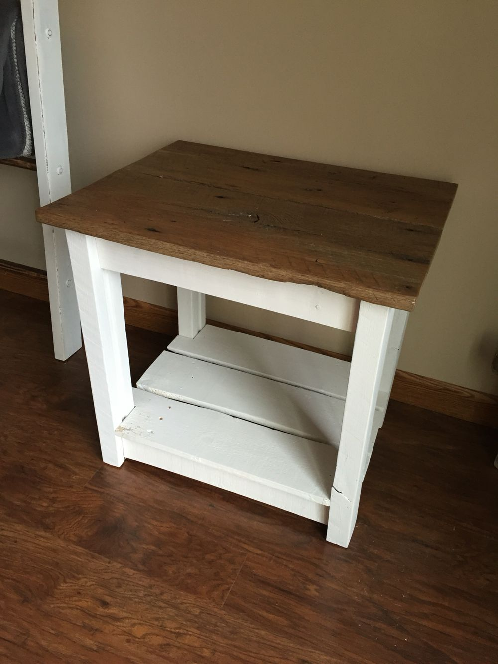 Farmhouse Bedside Table Do It Yourself Home Projects