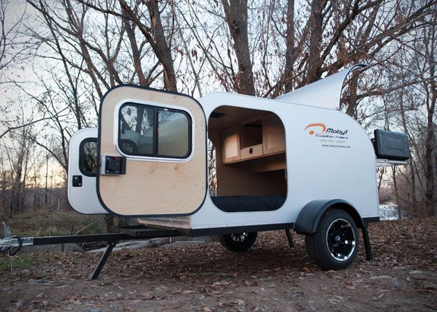 moby1 un mini camping car pour moto camping ideas v hicules. Black Bedroom Furniture Sets. Home Design Ideas