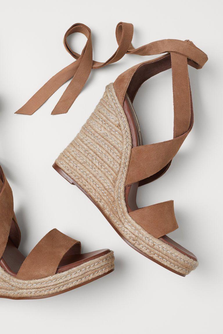 Suede Wedge-heel Sandals - Light brown