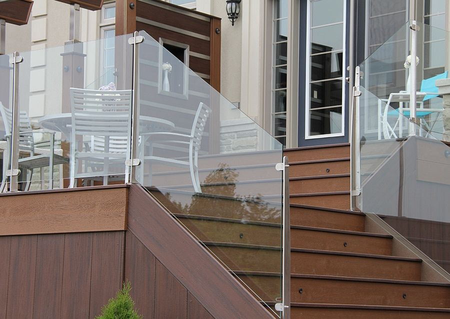Slx Glass Panels By Invisirail Glass Railing Deck Railings Outdoor Balcony Railing Design