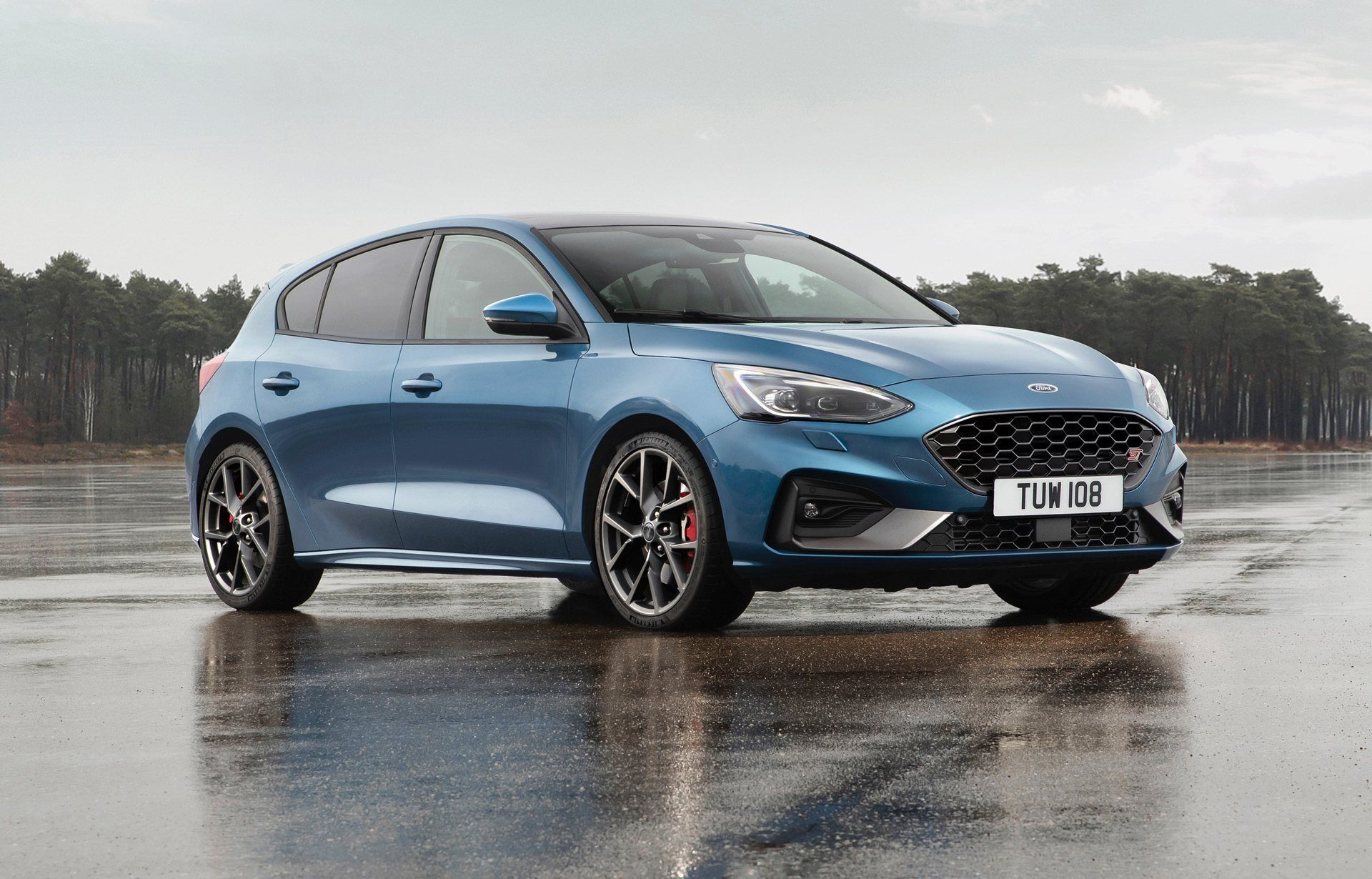 2021 Audi Q6 Spy Shoot In 2020 Ford Focus St Ford Focus Ford Focus Rs