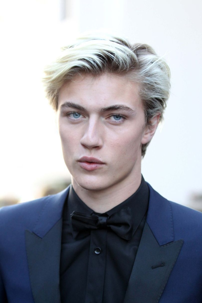 Lucky Blue Smith Blonde With Blue Eyes White Hair Men Lucky Blue Smith