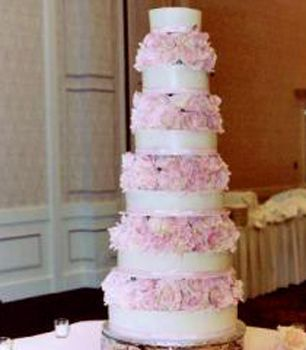 Wow 6 Tier Ann Arbor Wedding Cake From Jefferson Market Cakery
