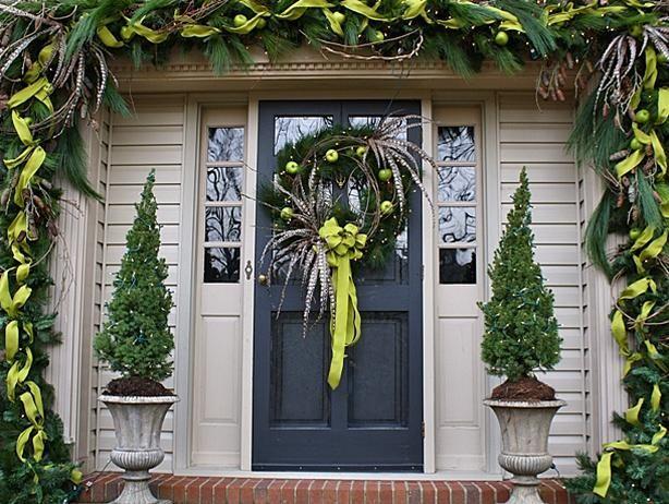 10 Christmas Door Decorations Front Door Christmas Decorations