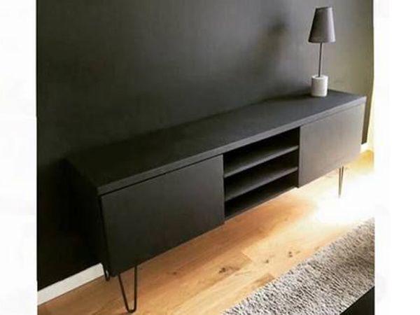 Ikea Credenza Porta Tv : Customiser un meuble tv ikea avec pieds scandinaves en bois