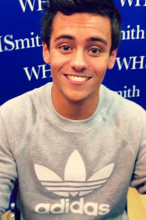 tom daley :)