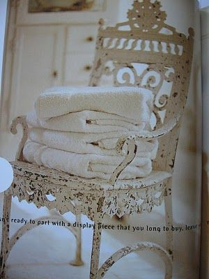 gorgeous chair...