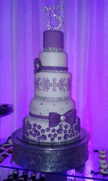 Torta de 15 aos postres tortas cupcakes etc Pinterest Cake