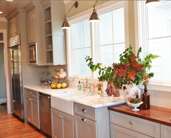 Light Gray Cabinets Fieldstone By Benjamin Moore Walnut Countertop Finish Kitchen Cabinets Painted Grey Farmhouse Chic Kitchen Kitchen