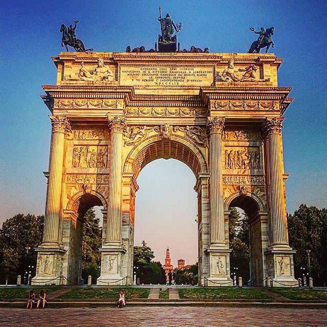 Arco De La Paz Milán Arches In 2019 Architecture Italy Places