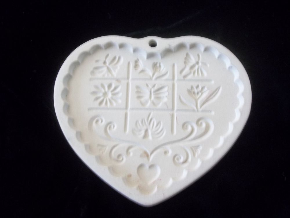 Pampered Chef Gardens of the Heart Valentine Cookie Mold 1996 Clay Crafts