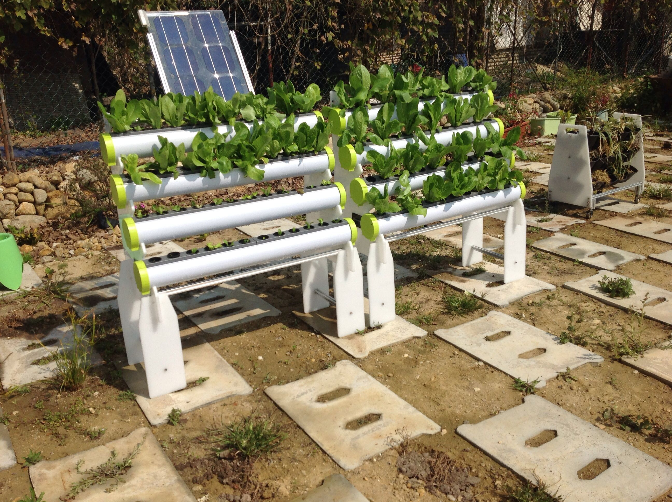 An Integrated Hydroponics System, inclusive of mobile rack