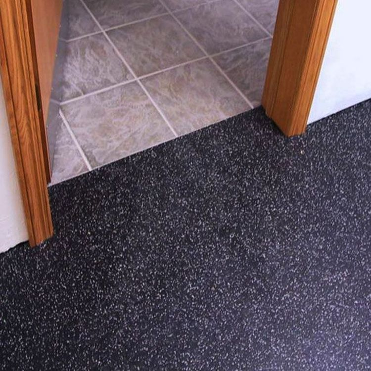 How Do You Choose Rubber Flooring for Home Use? (With