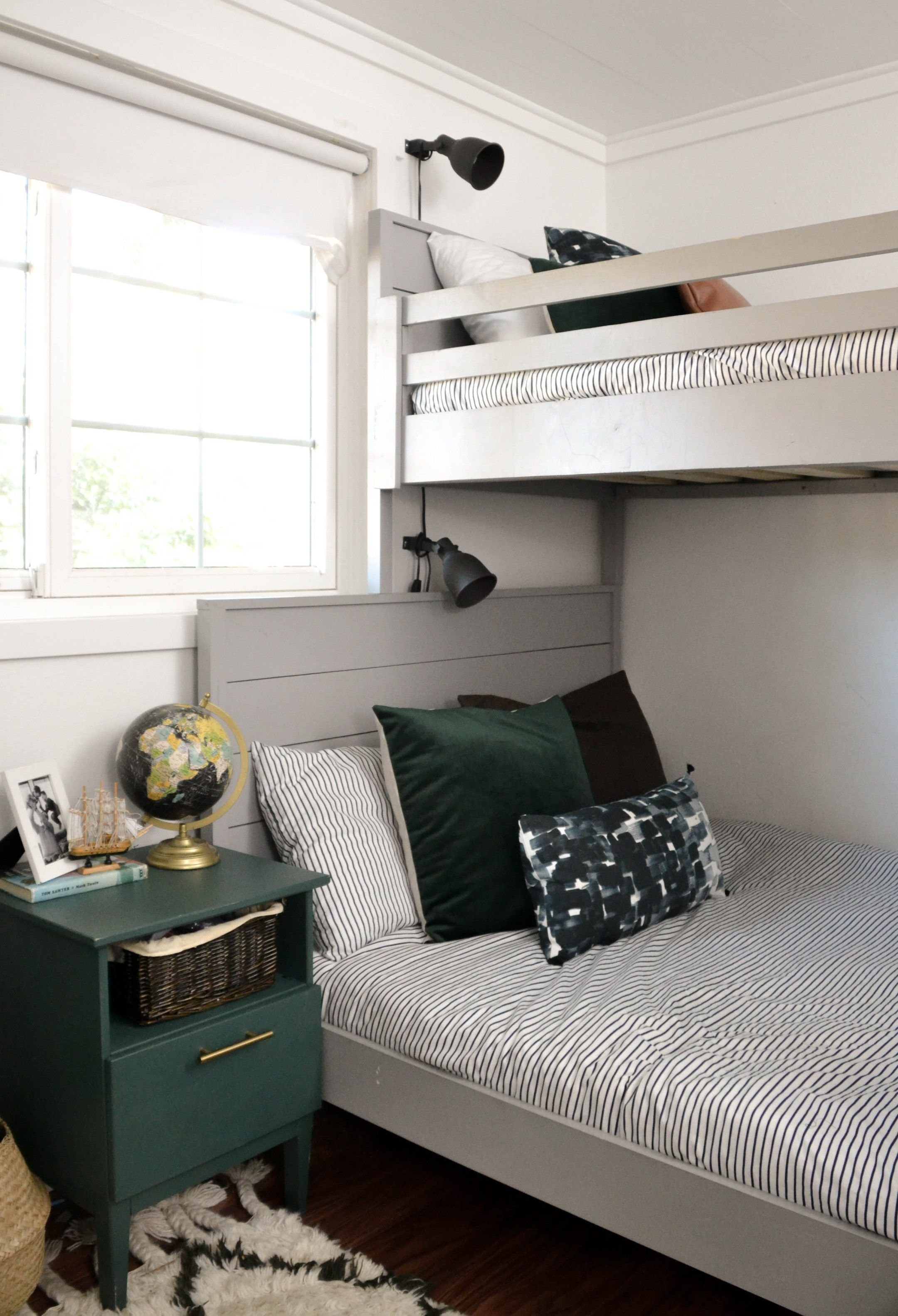 Small Shared Boys Room Diy Bunk Bed Small Shared Bedroom Beds For Small Rooms Shared Boys Rooms