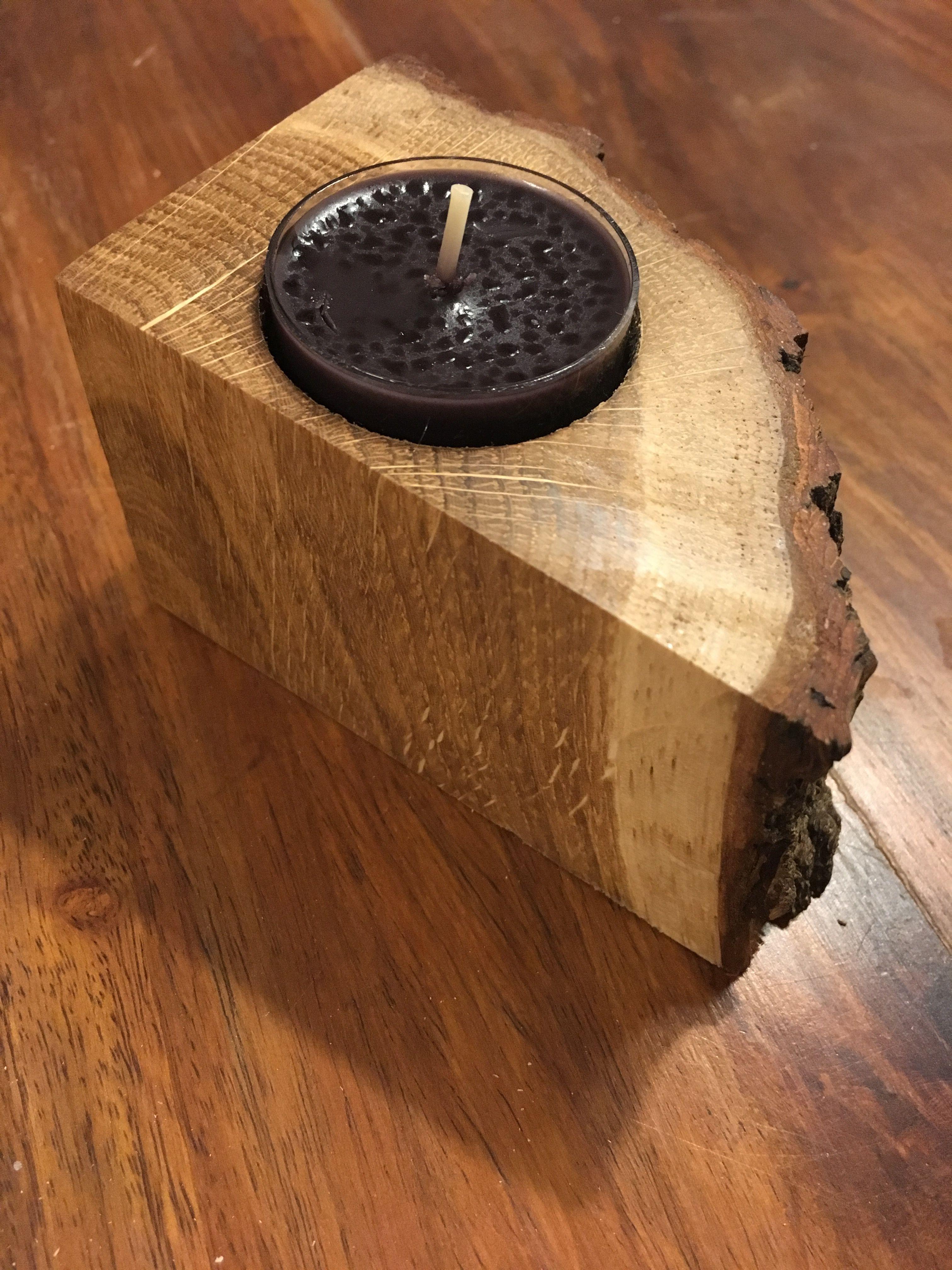 Photo of Portacandele in legno di scarto