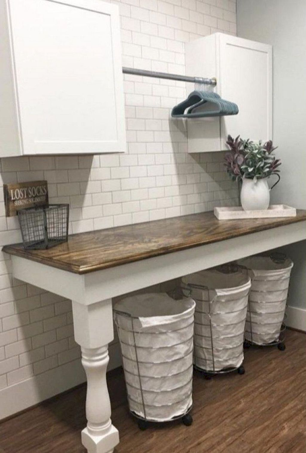 40 inspiring simple and awesome laundry room ideas in 2020 on effectively laundry room decoration ideas easy ideas to inspire you id=77391