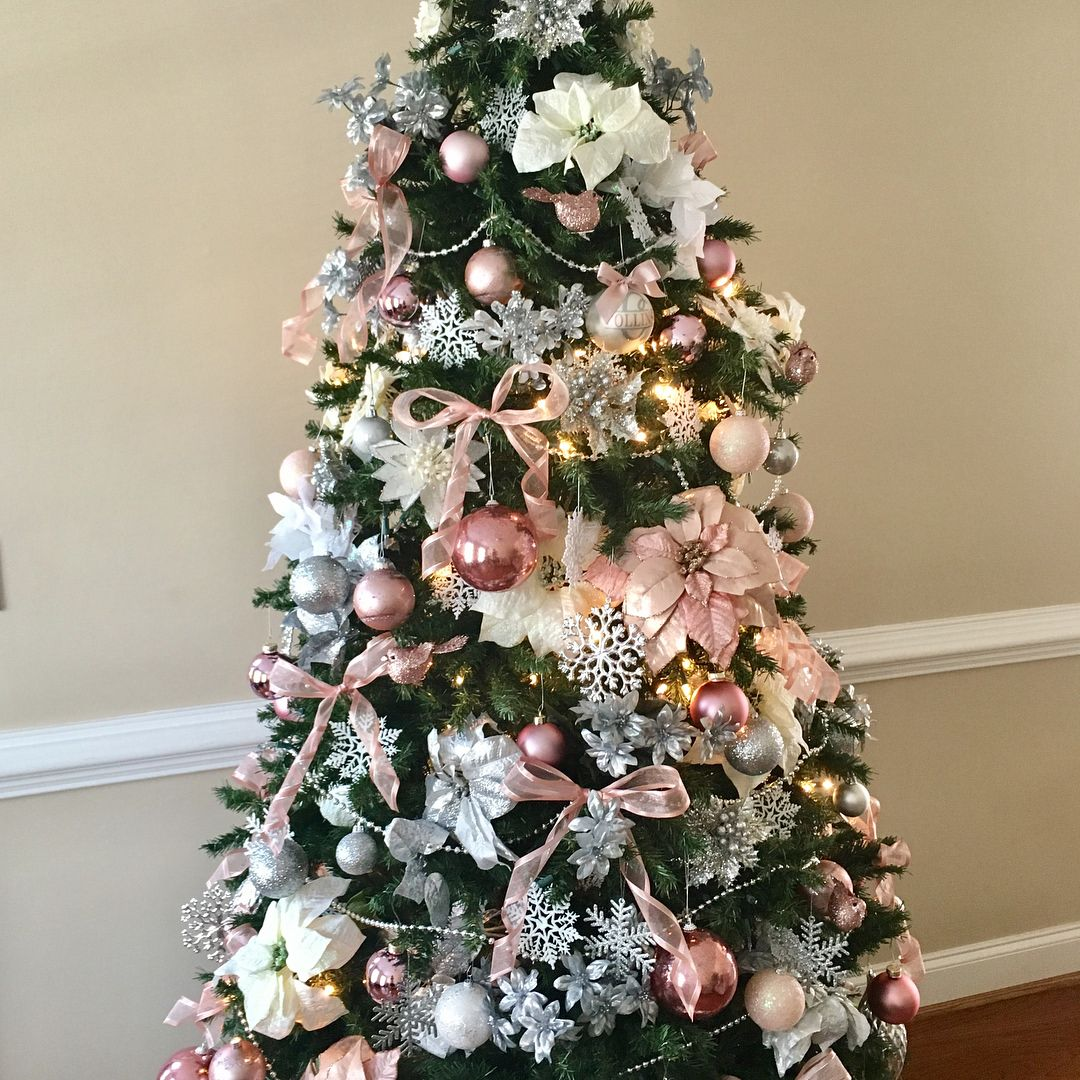 I M Loving Our Pink Dazzle Christmas Tree These Beautiful