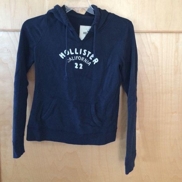 ✳️REDUCED✳️Hollister Sz lg navy hoodie Gently worn Hollister Tops Sweatshirts & Hoodies