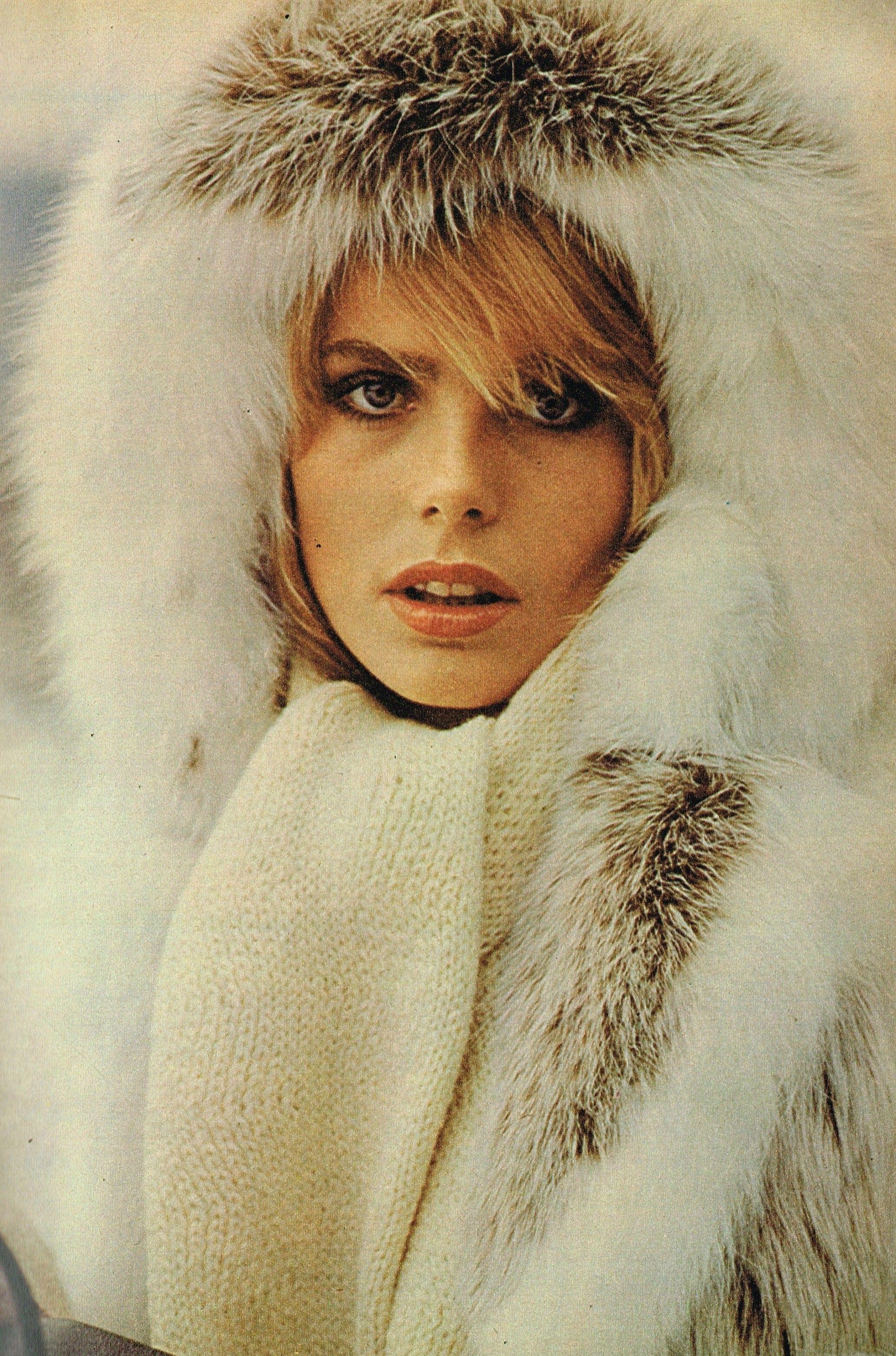 Jaya Ramsey (b. 1969) images