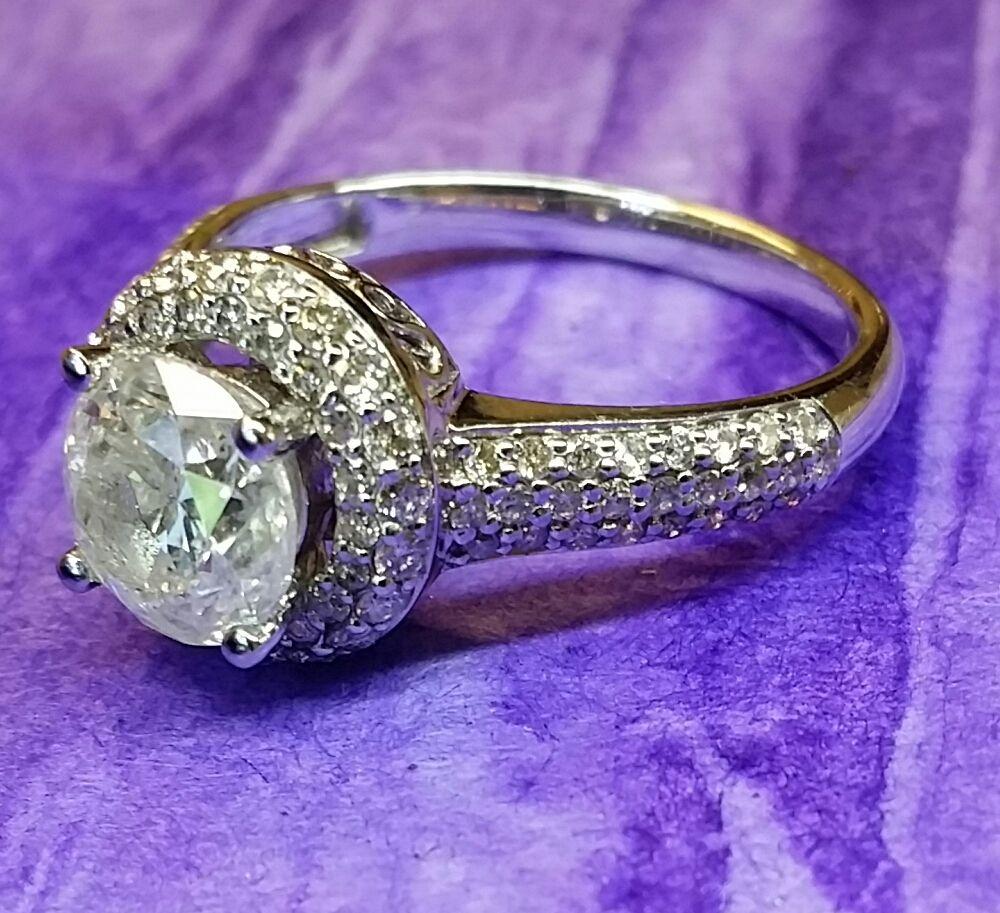 260 Carat Halo Diamond Engagement Ringyaway Ok Text Or Call Me At 404