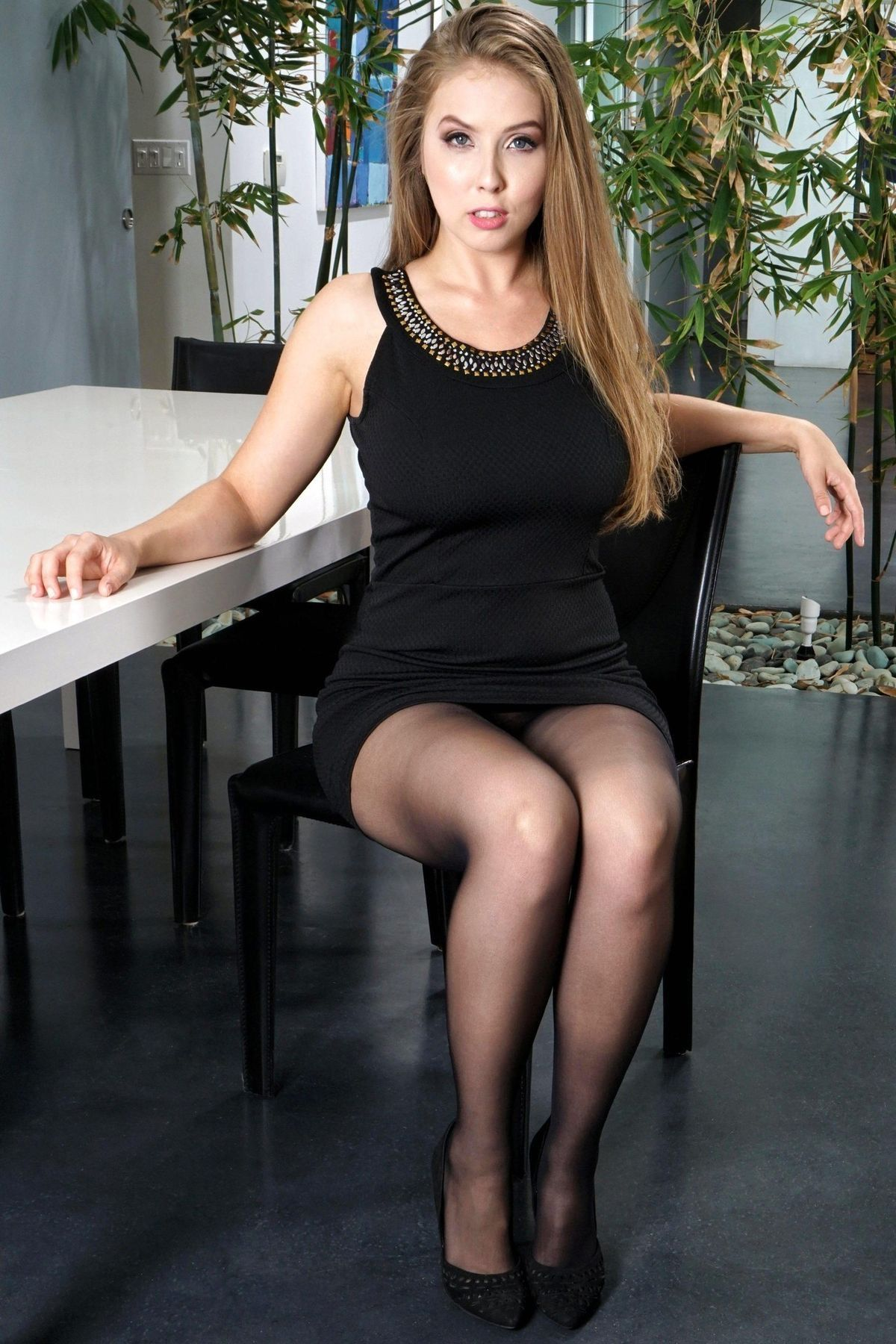 Klara Castanho Sexy Nude Photos 29