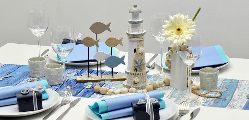 Moderne Tischdeko Mit Leuchtturm Und Fischen Zu Kommunion Und