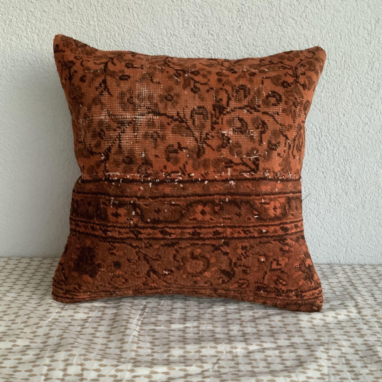 Rug Pillow Coverrug Pillowturkish Carpet Pillow Coverrug Etsy In 2020 Rug Pillow Pillows Vintage Rug Pillow
