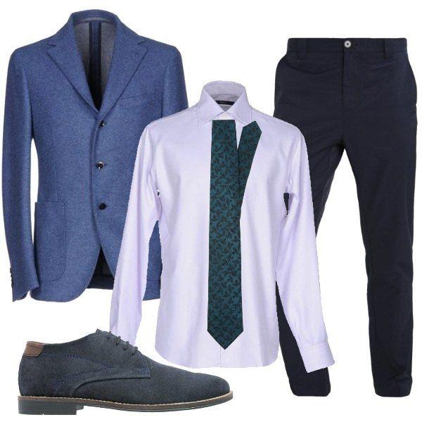 L'outfit è formato da una giacca monopetto in flanella con